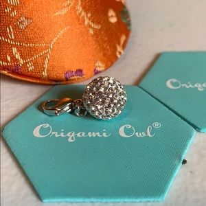 Origami Owl Jewelry - Bracelet or Necklace dangle